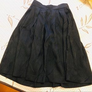 H&M Black A-line Skirt. 💃🏻